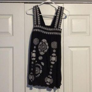 BCBG Tops - BCBG black and white cotton top